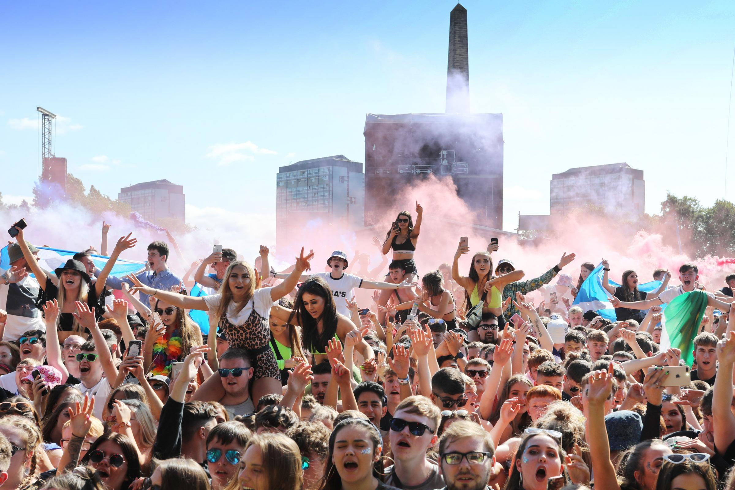 Scots sizzle and dance in the sun at Glasgow's TRNSMT