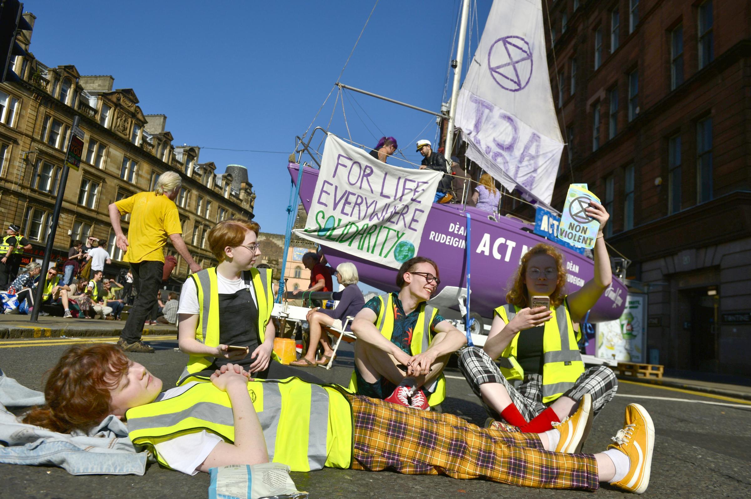 Extinction Rebellion launches UK-wide 'summer uprising'