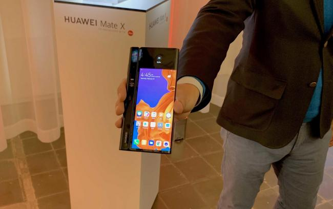 The new foldable smartphone, Huawei Mate X