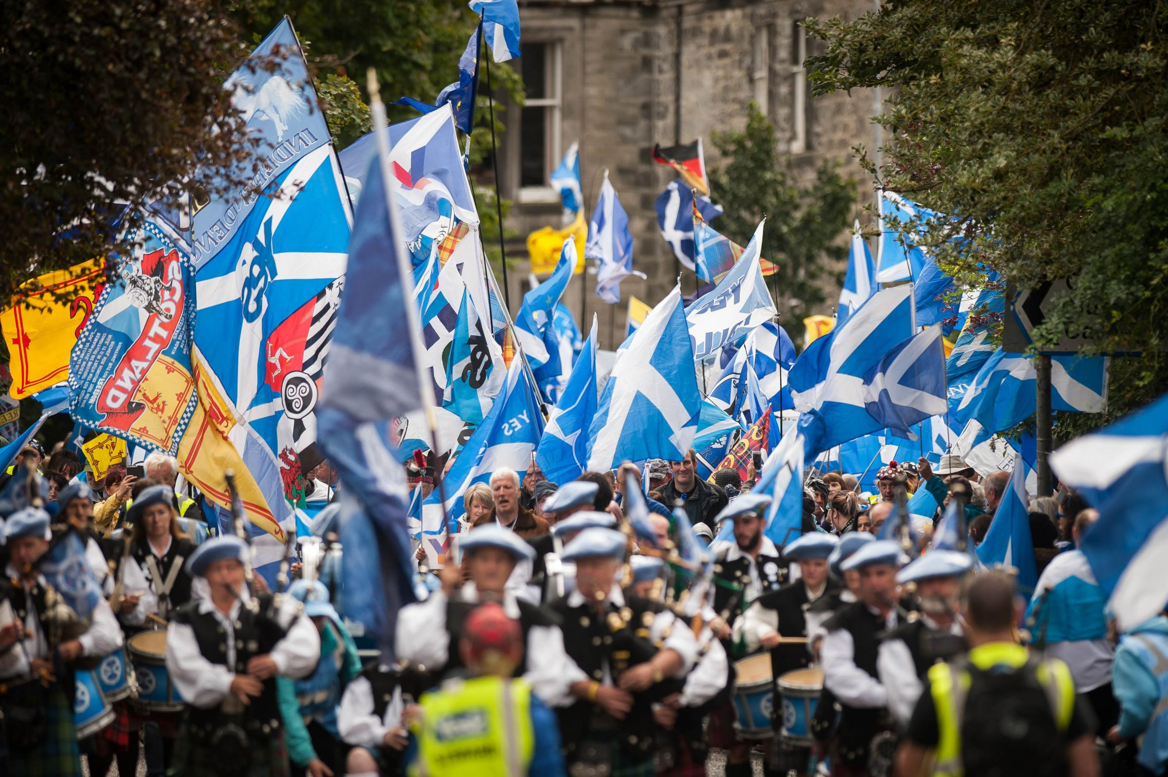 Forward As One brings thousands to Dunfermline march