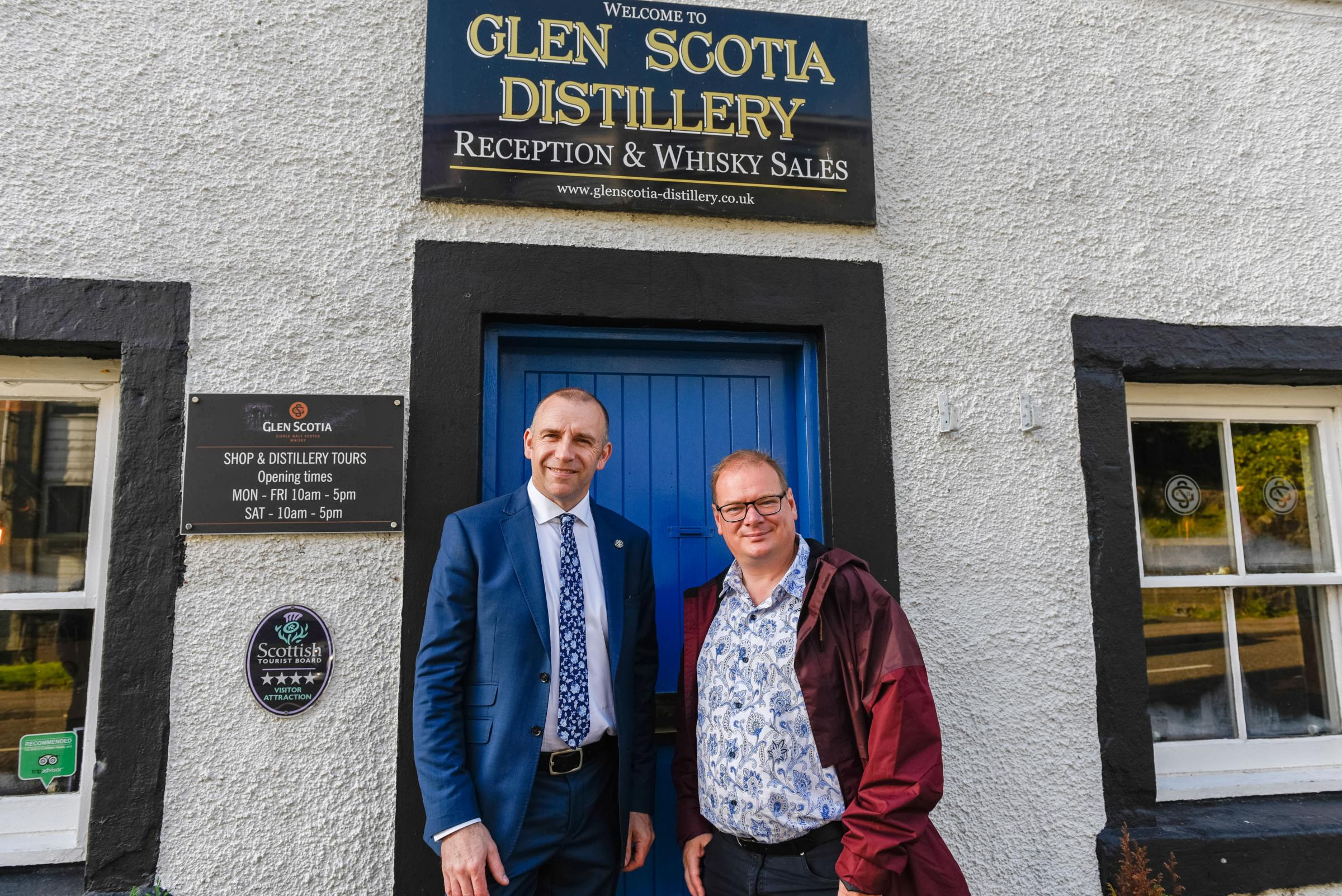 Scottish distilleries welcome Amazon's The Three Drinkers