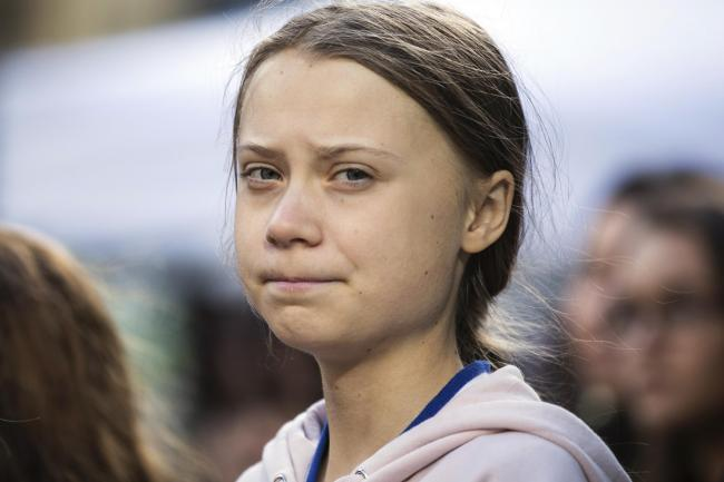 Greta Thunberg was met in Lisbon by local dignitaries and other activists