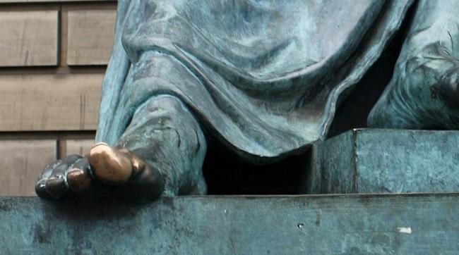 The bronze toe of a David Hume statue on the Royal Mile in Edinburgh is rubbed as if a saint ... but that's not how this play portrays him