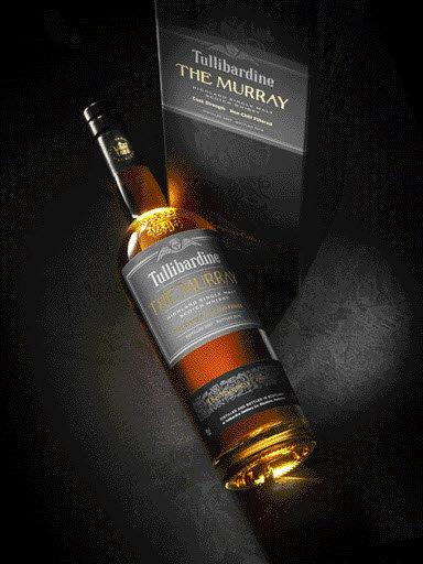 The Murray (2007) by Tullibardine was matured in ex-bourbon barrels and bottled this year at cask strength