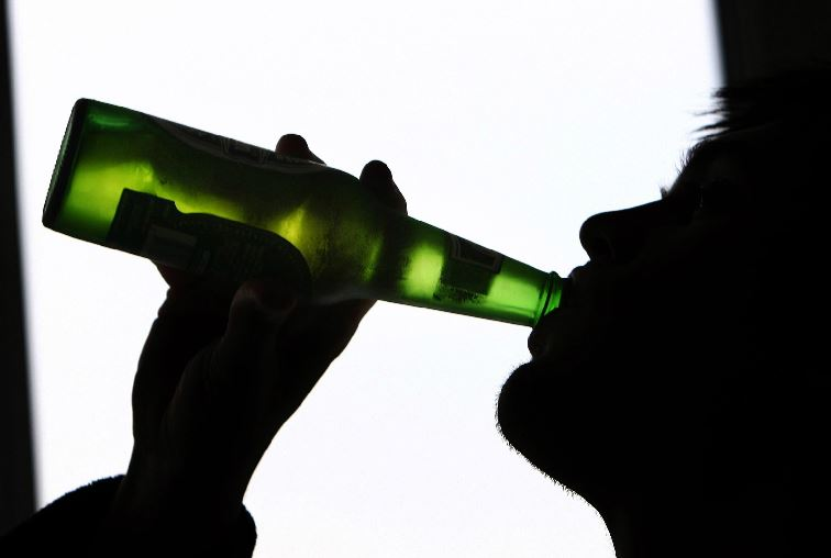 Drink-related deaths fall in Scotland as minimum unit pricing