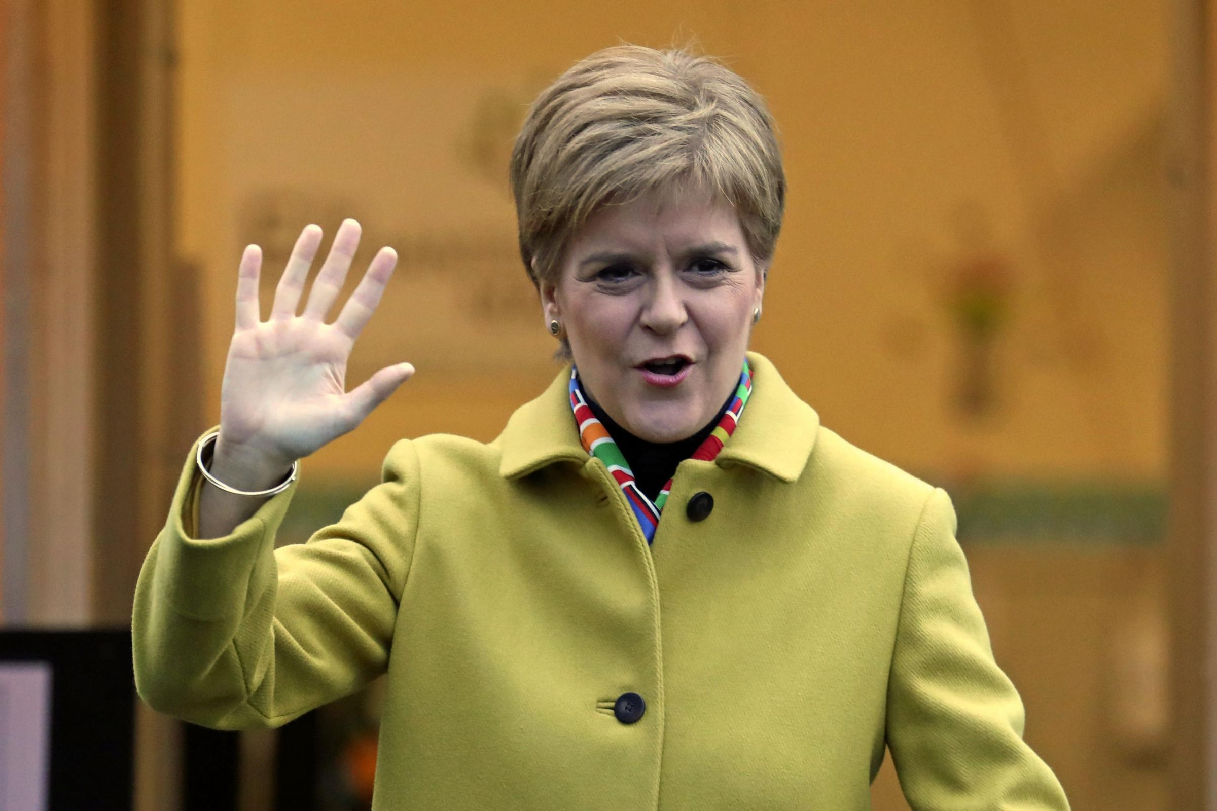 Coronavirus: Nicola Sturgeon has a suggestion for people out on daily walks