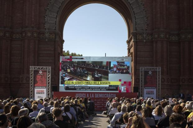 The National: Crowds watch Cuixart's trial at the Arc de Triomf in Barcelona