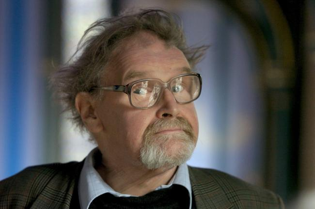 Alasdair Gray studied at the Glasgow School of Art