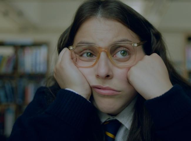 Beanie Feldstein shines as Johanna Morrigan, a Wolverhampton teenager who reinvents herself in London