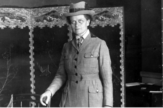 Elsie Inglis was a pioneering surgeon who founded the Scottish Women's Hospitals