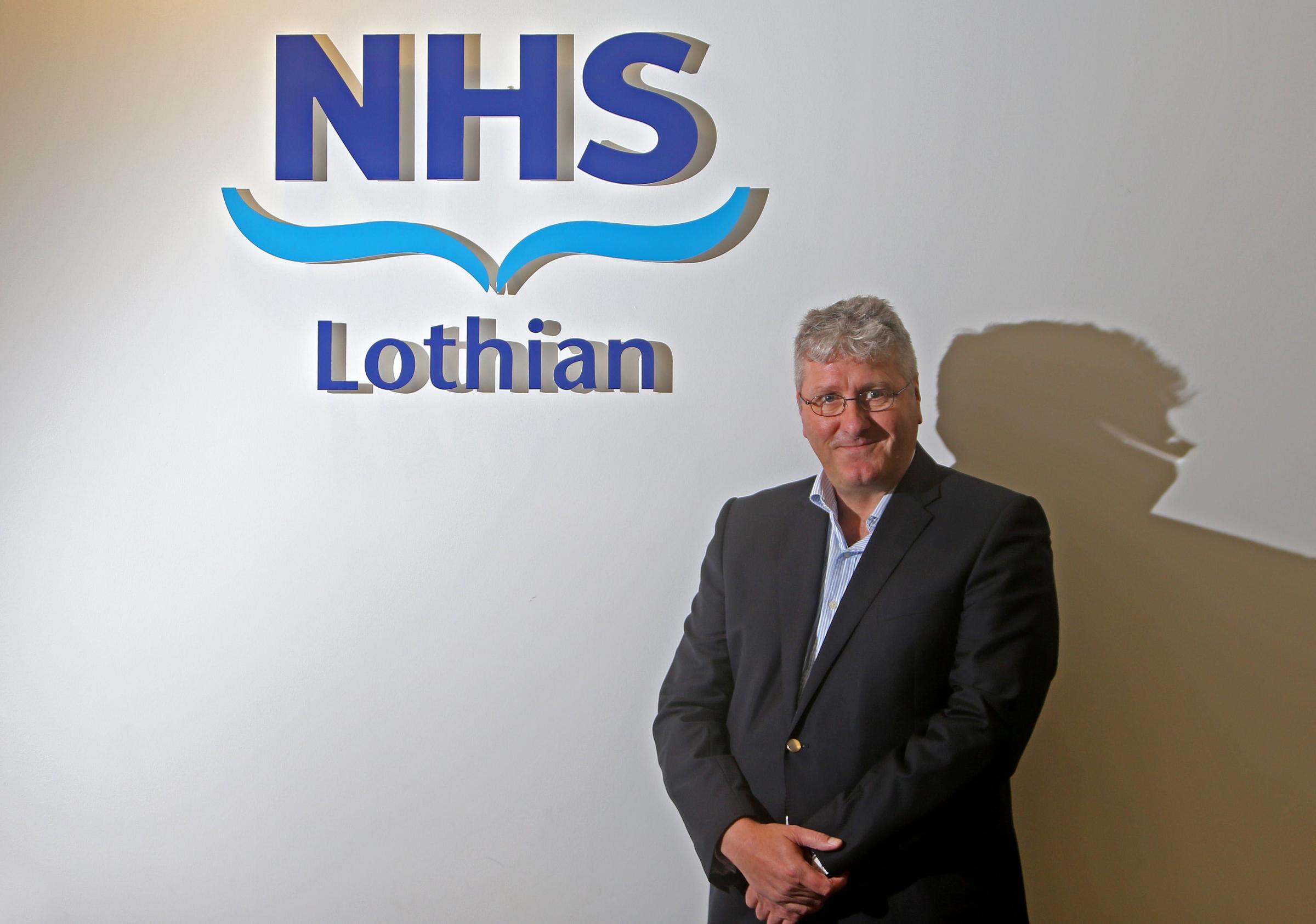 NHS Lothian board boss Tim Davison to quit his post