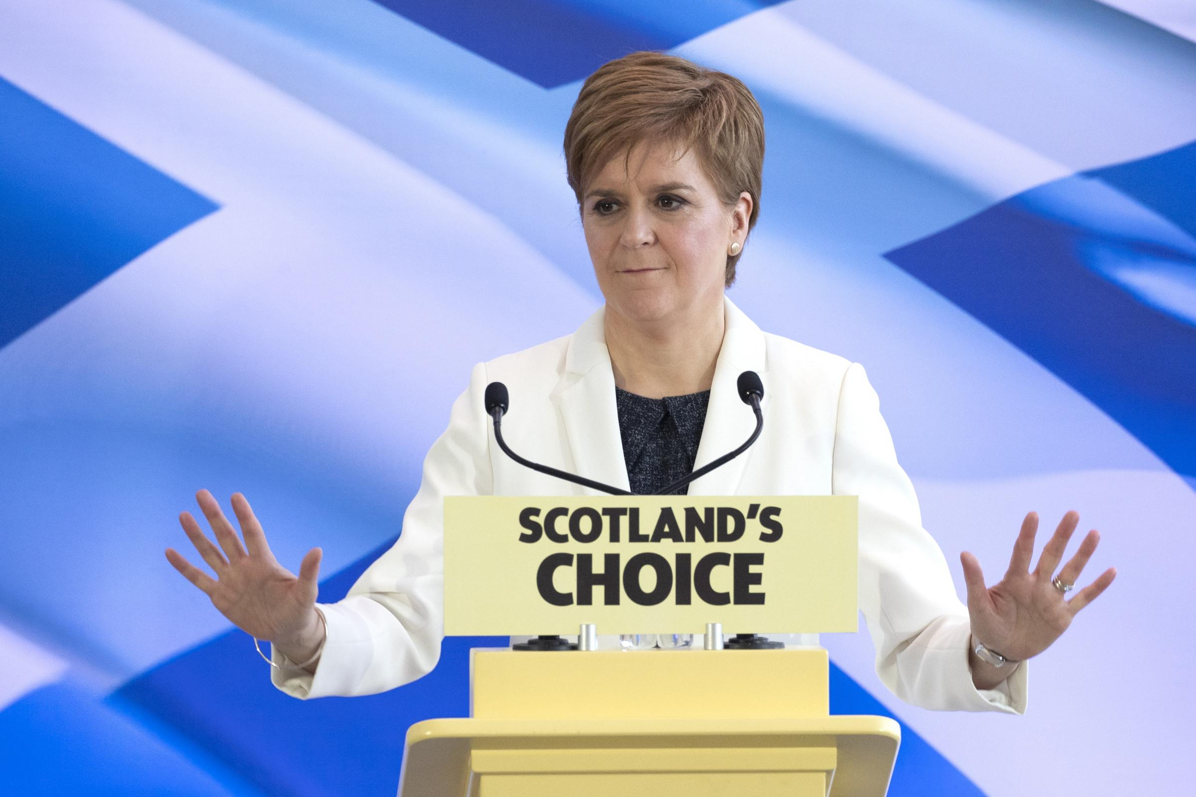 Nicola Sturgeon sends Downing Street letter over 'harmful' immigration plans