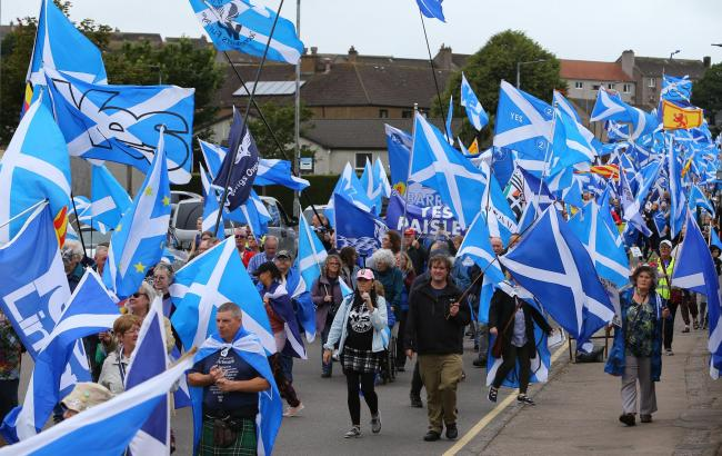 All Under One Banner Scotland march for independence, Campbeltown. Photograph by Colin Mearns