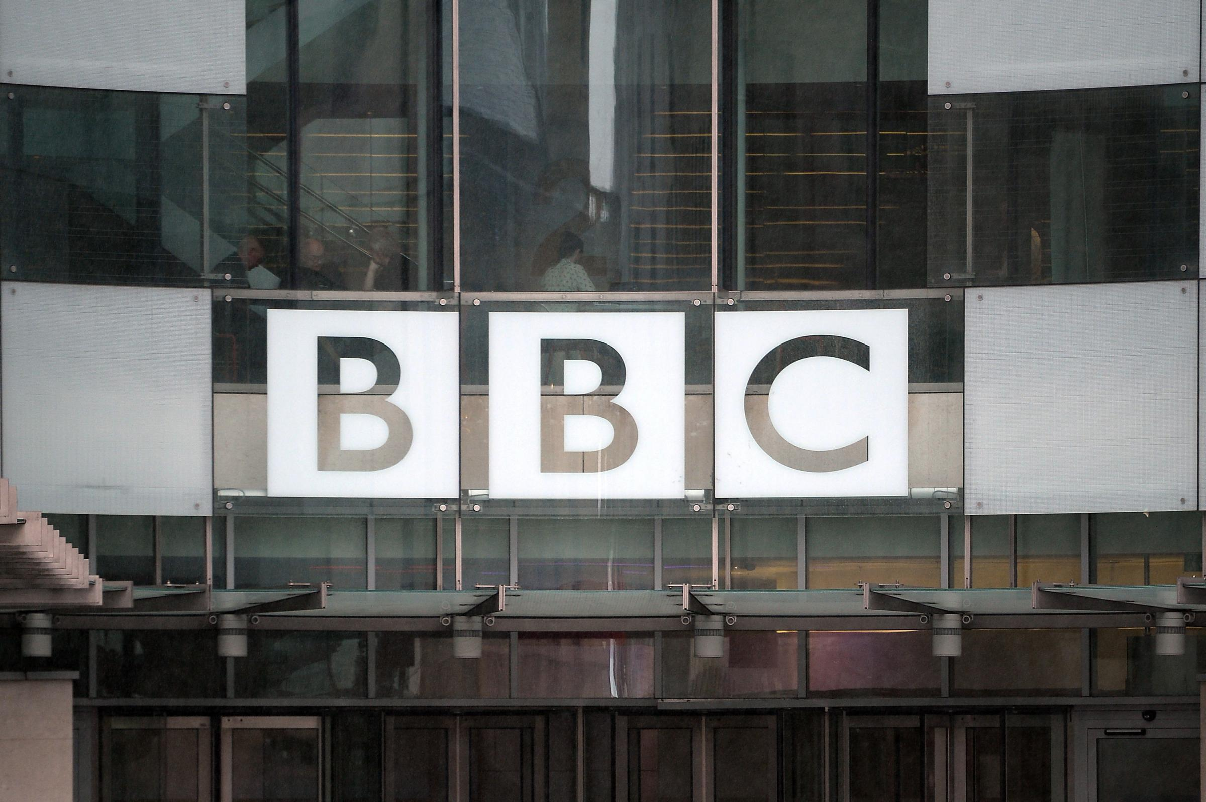 BBC goes ahead with plan to end free TV licence for over-75s - national scot