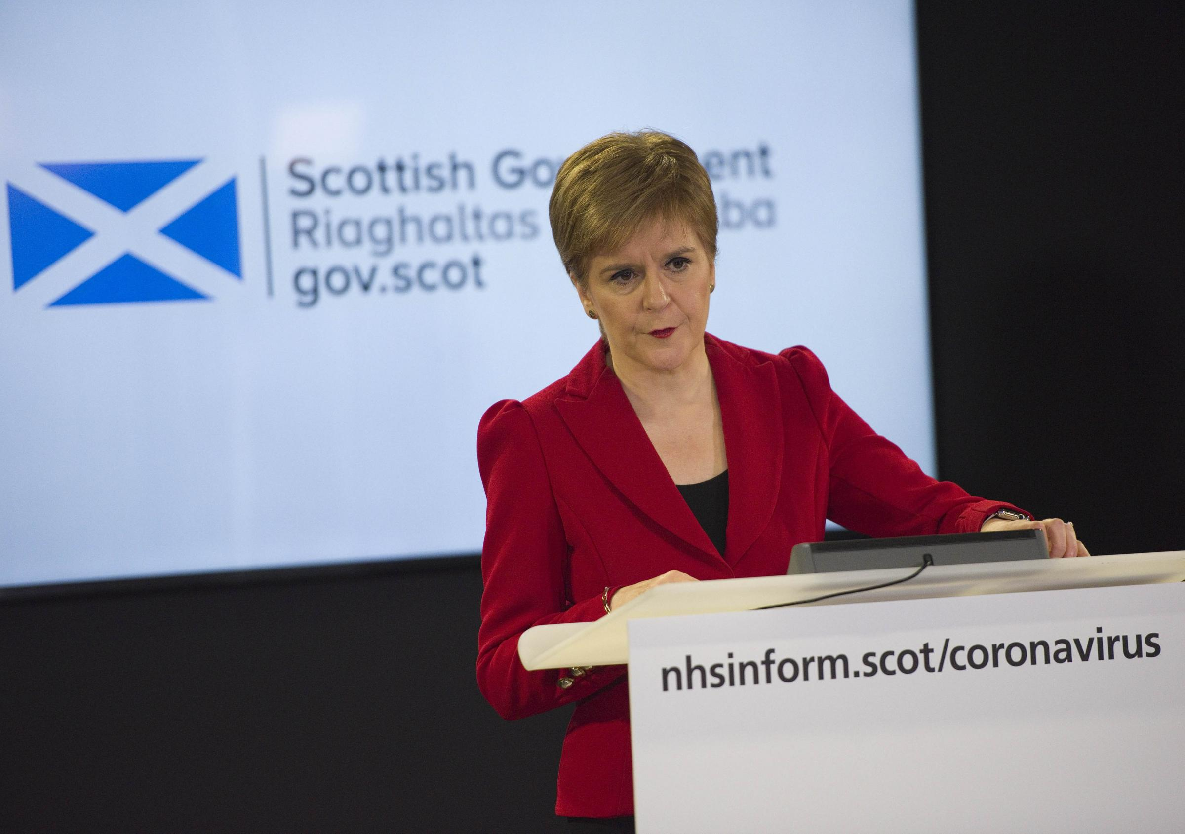 Nicola Sturgeon urges health workers to complain to Government, not media