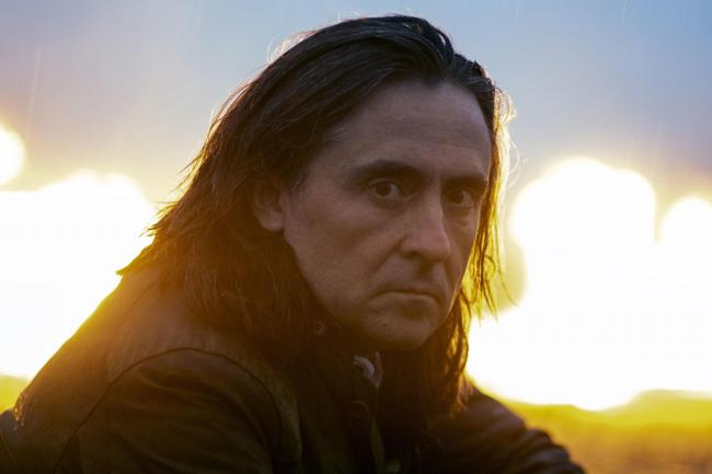 Our reader thinks Neil Oliver is an affront to Scotland
