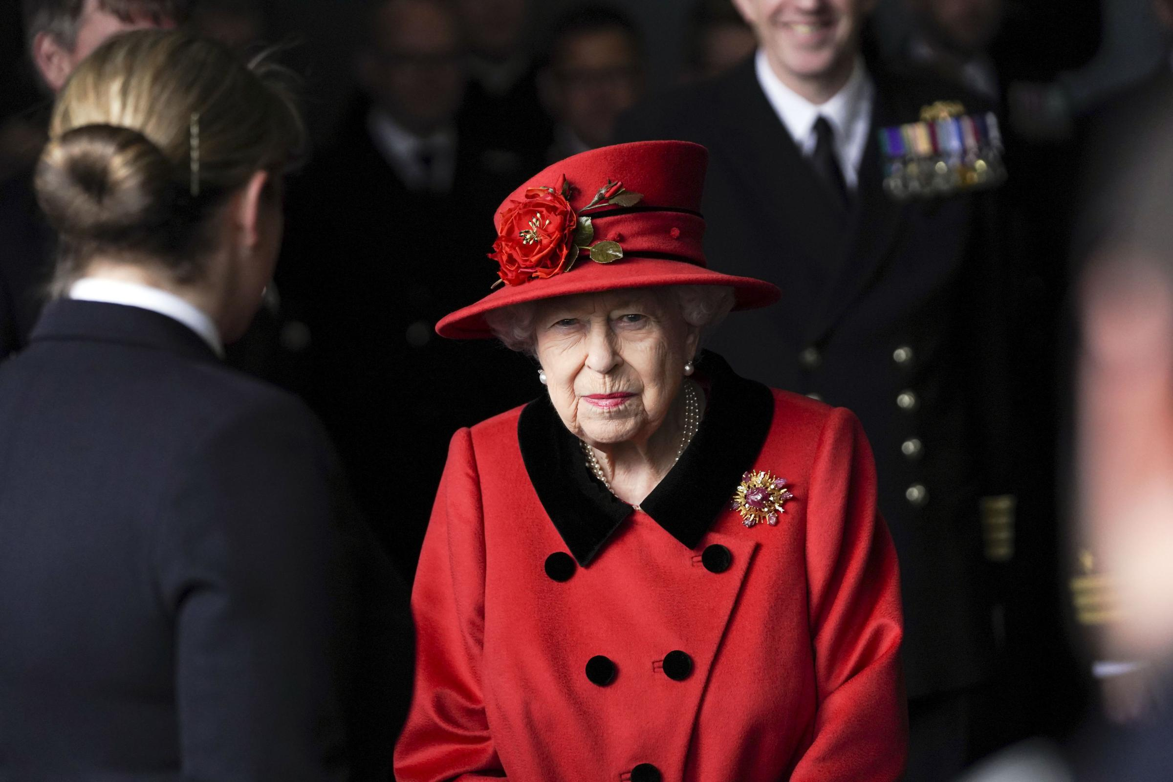 The Queen to head royal 'charm offensive' to stop Scottish independence