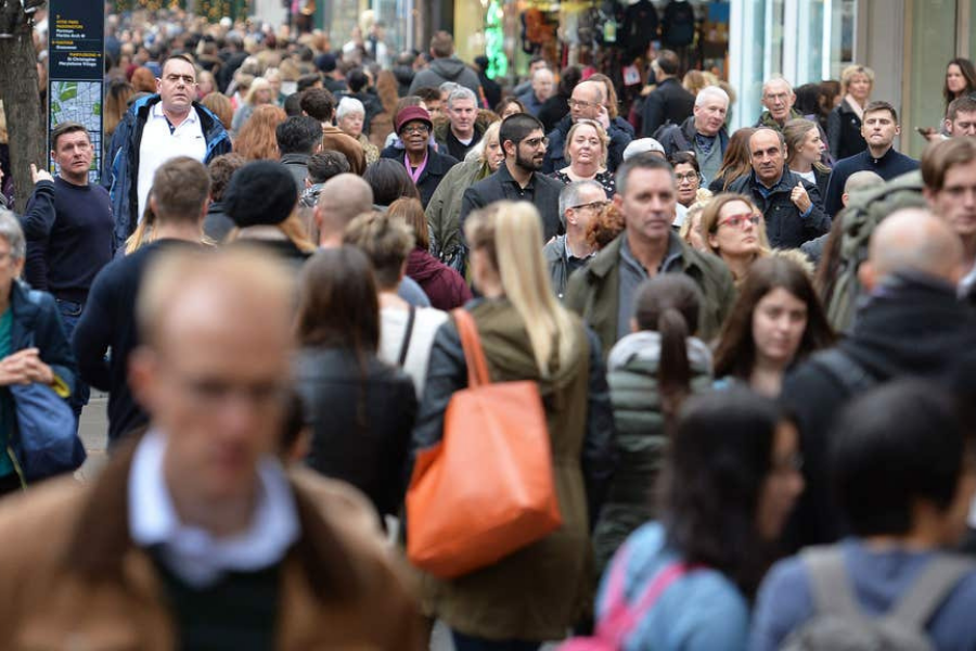 Brexit: Number of EU nationals living in UK drops by 200,000 - national scot