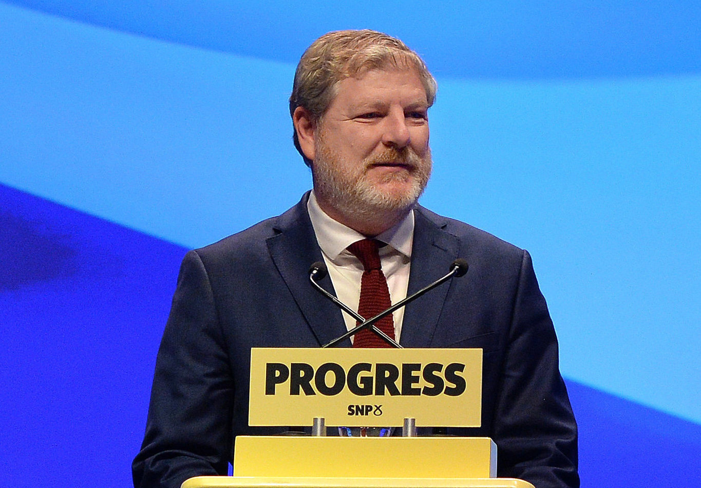 Good Friday Agreement rules should apply to indyref2, Angus Robertson says