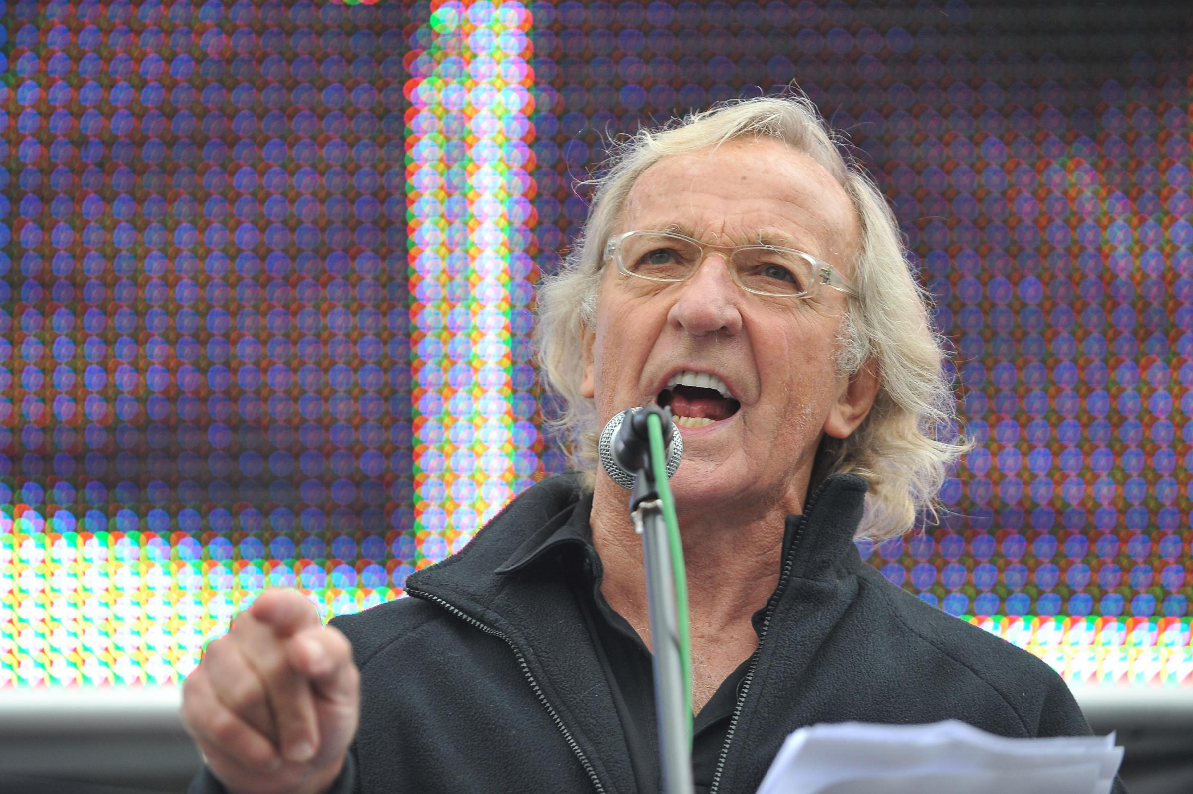 John Pilger joins Alba Party calls for Craig Murray's release from prison