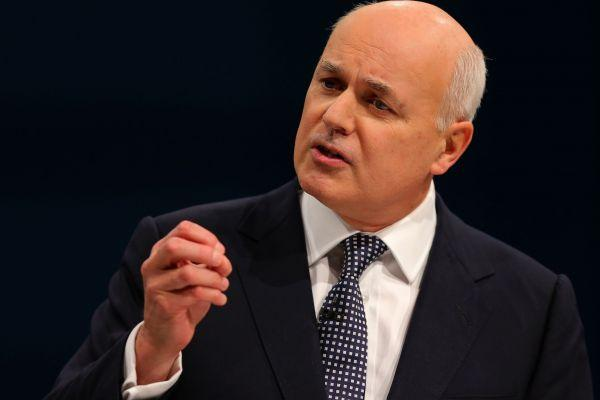 Iain Duncan Smith said people with mental health problems would benefit from working