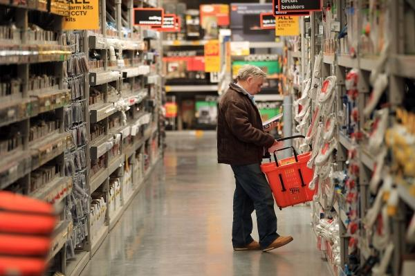 Employees at B&Q  say they could be up to £4,000 a year worse off