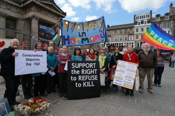 Vigil in Edinburgh remembers conscientious objectors to the First World War