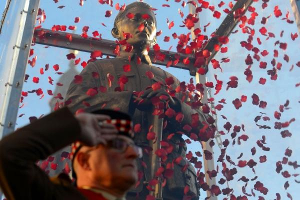 Striking artwork Every Man Remembered comes to Glasgow for Scottish Poppy Appeal