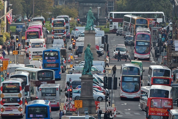 Council sets out final plans for low-emission zone with enforcement to begin in 2024