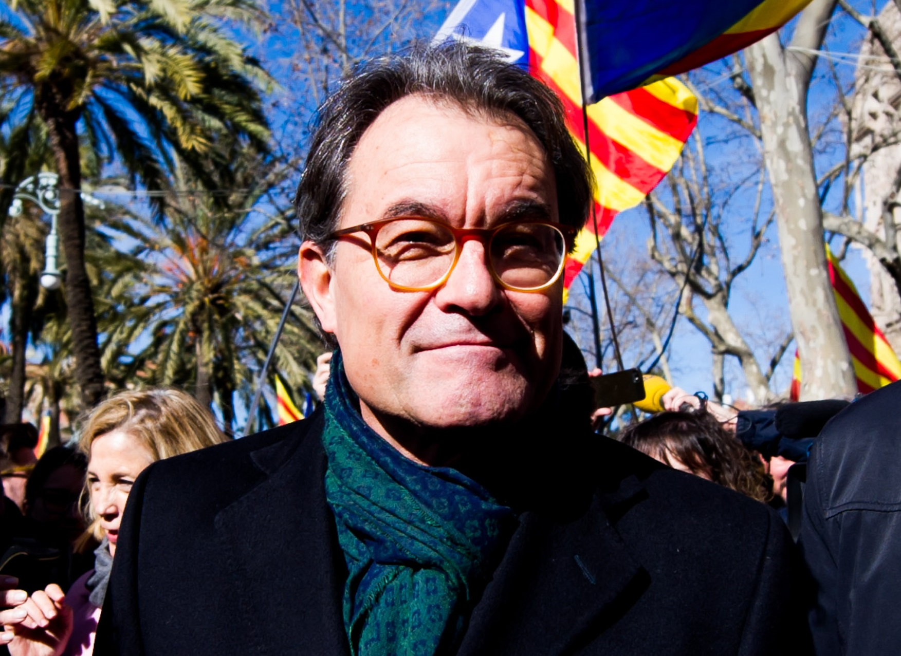 Artur Mas faces a 10-year ban from holding public office for disobedience and wrongdoing