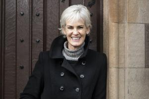 Judy Murray says she is not leaving Dunblane, despite some locals being against her plans for a tennis centre of excellence