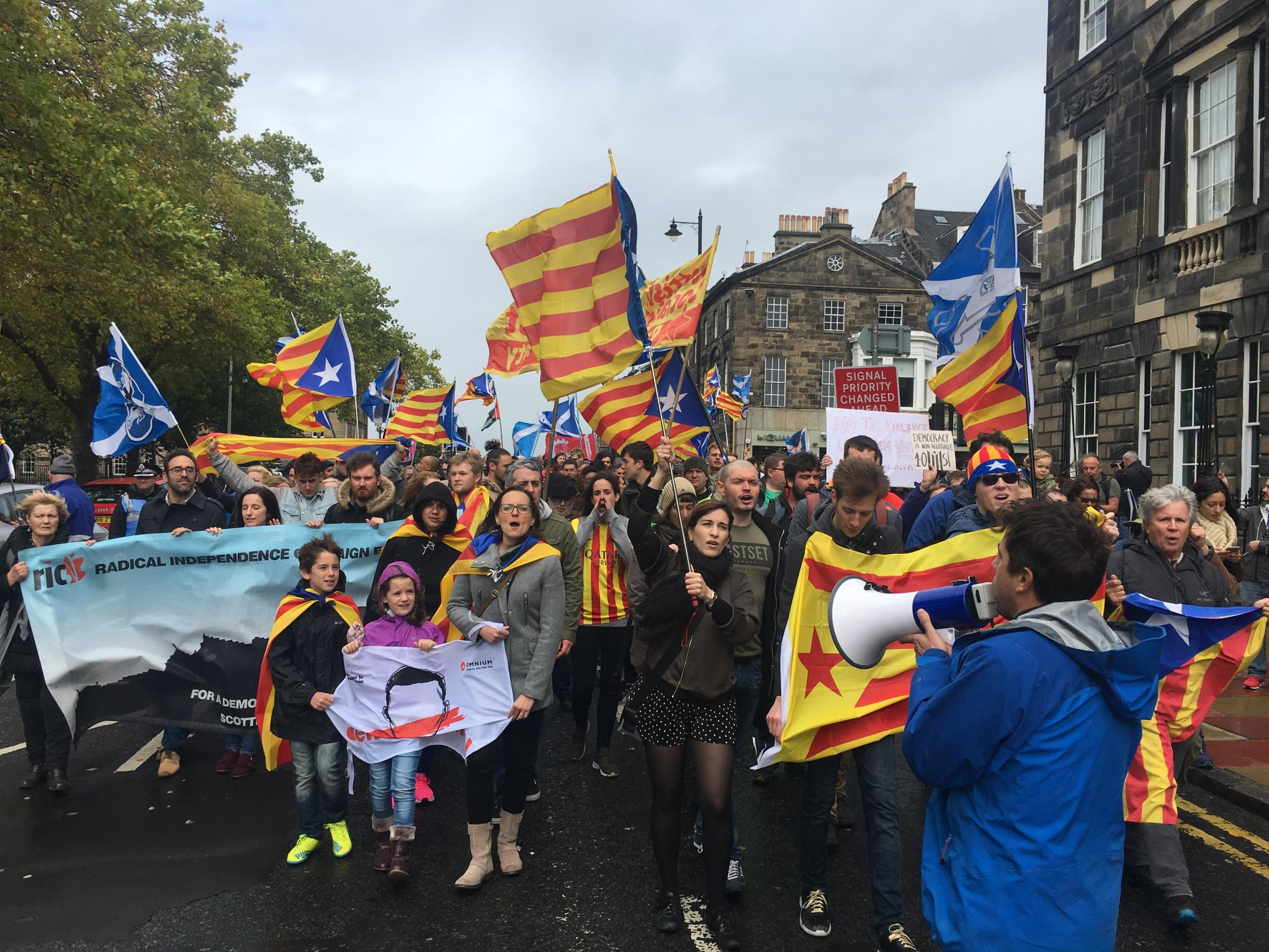 Scots march in solidarity with Catalonia