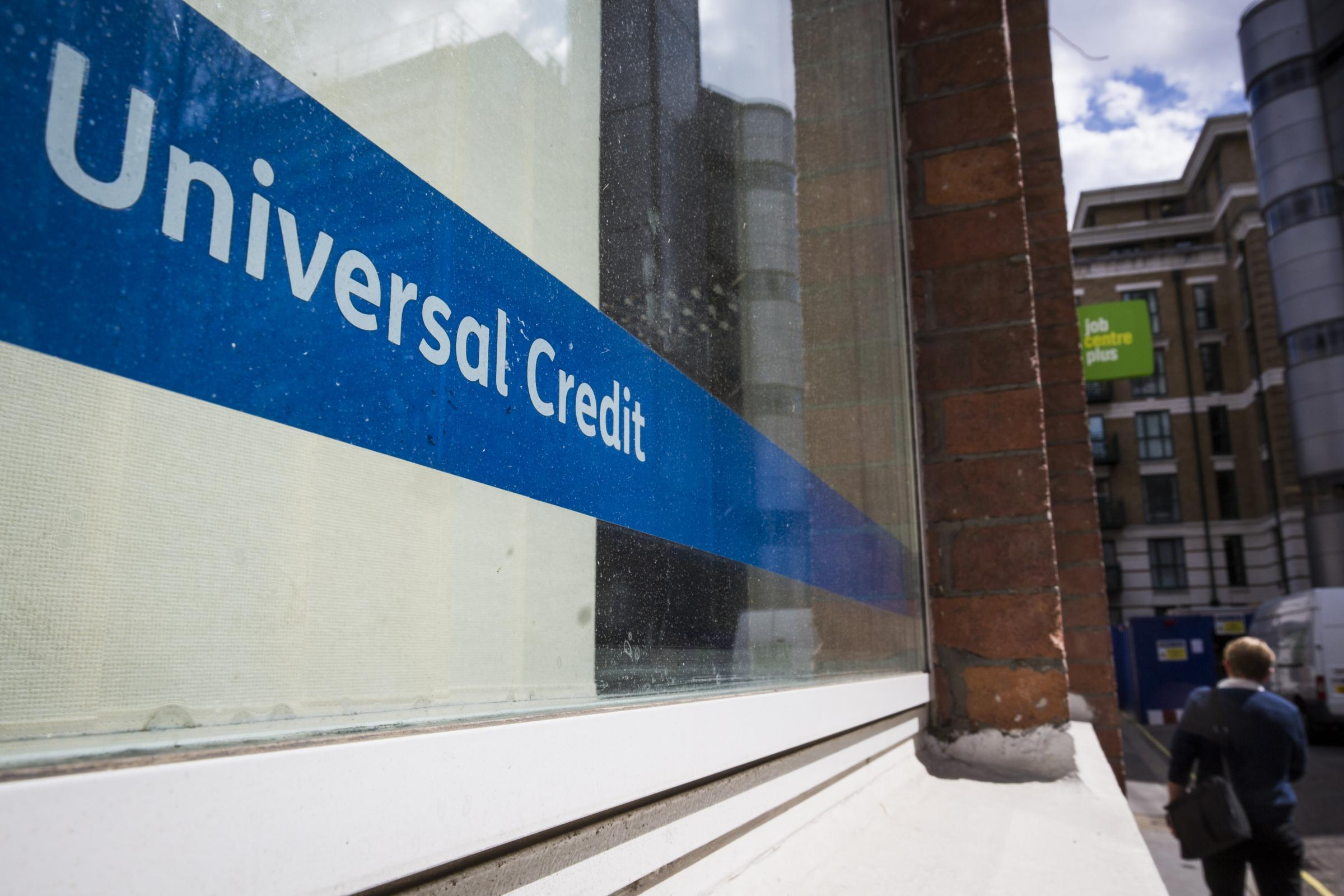 Tories urged to scrap five-week wait for Universal Credit amid rising debts