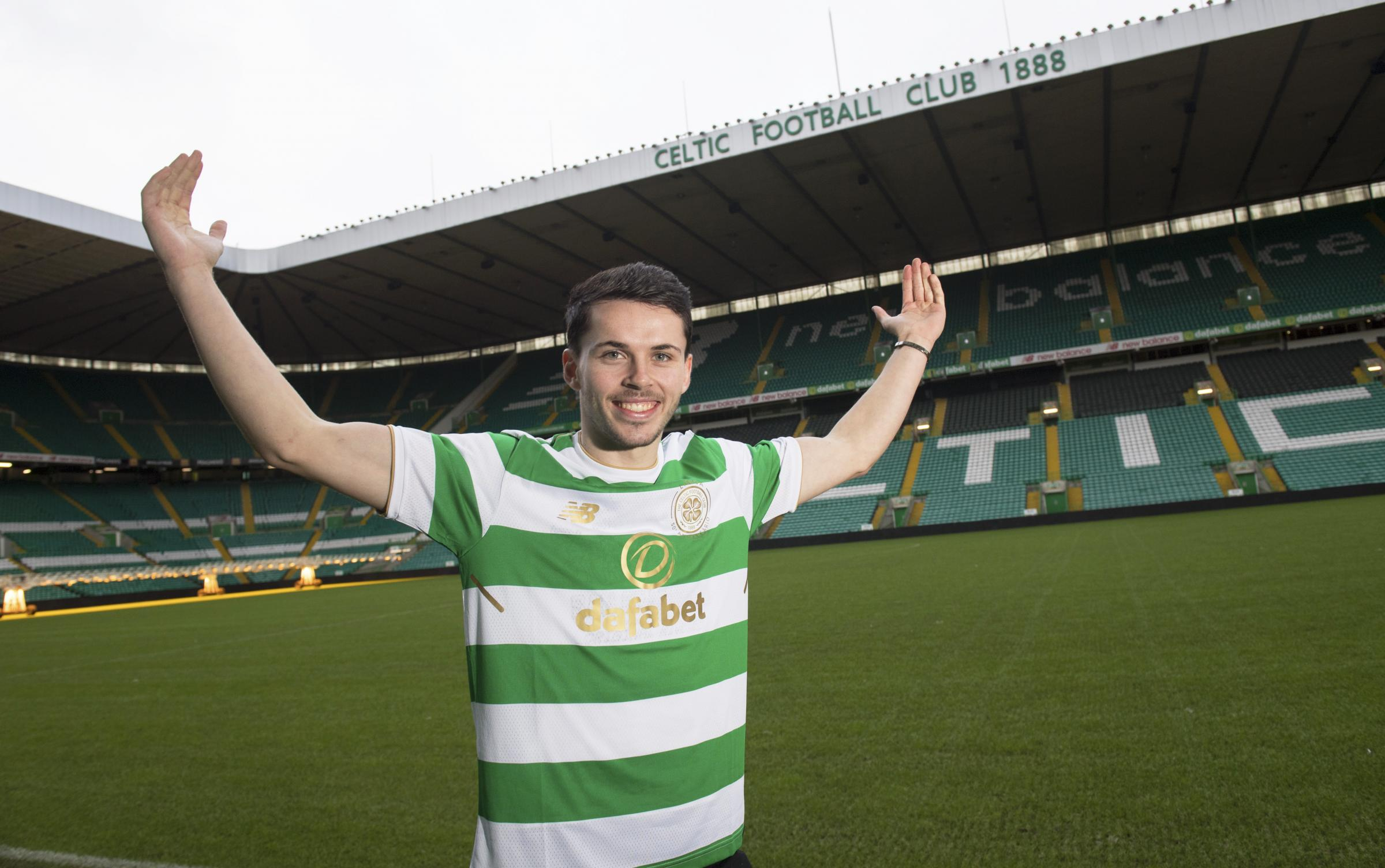 Lewis Morgan has signed a four-and-a-half year deal with Celtic