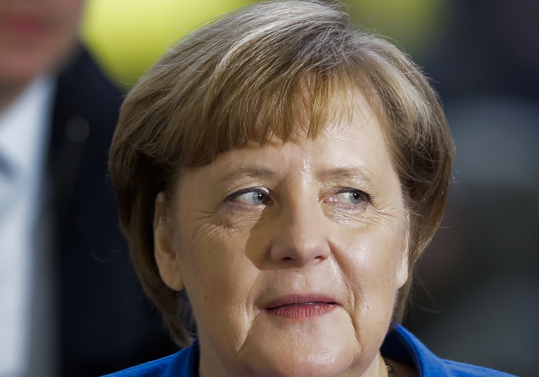 Merkel: 'The people expect us to find solutions'