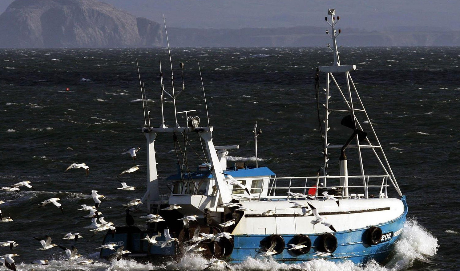 The European Union is to refuse to negotiate on fishing quotas