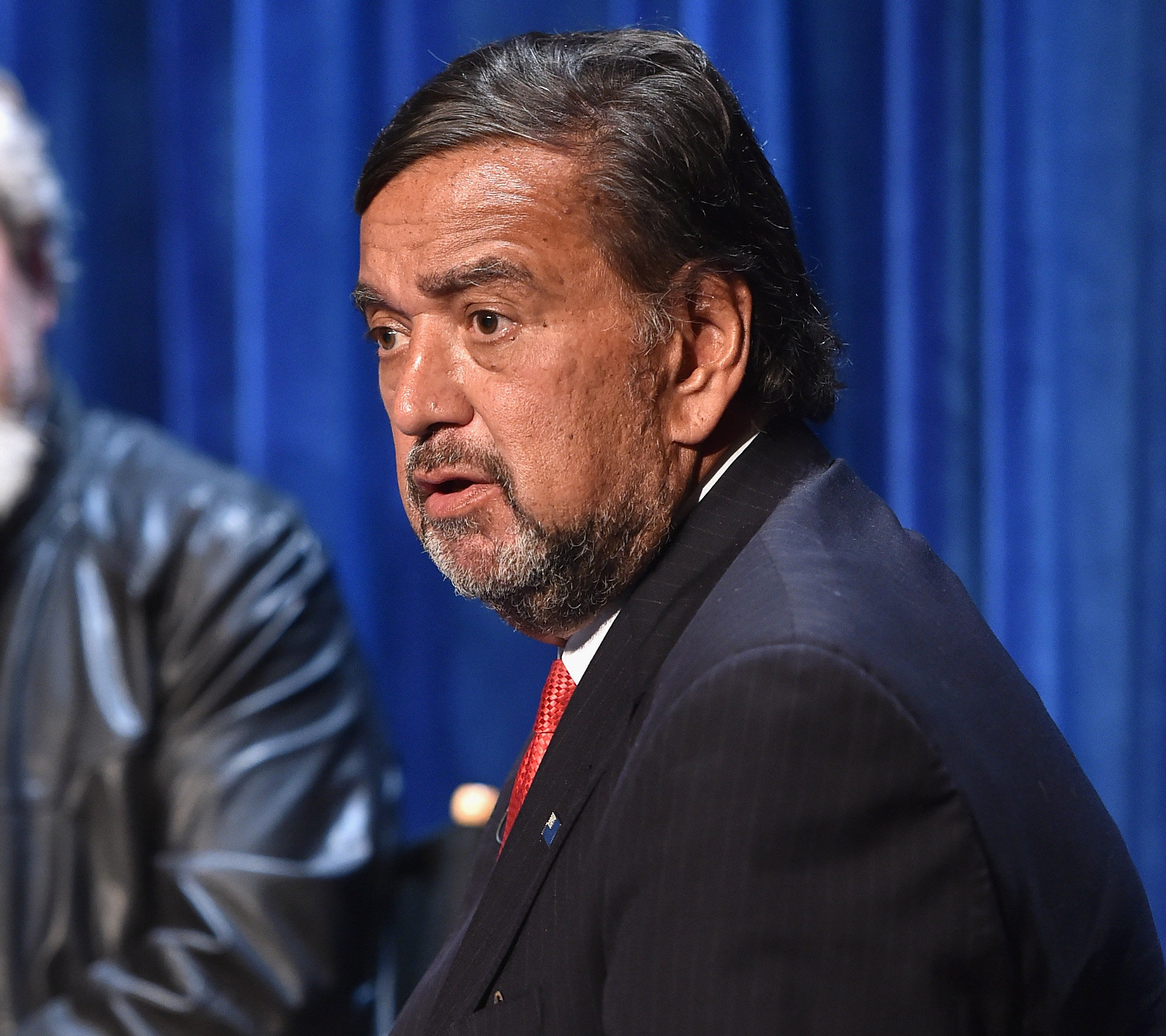Former New Mexico Governor Bill Richardson quit the international board on the Rohingya crisis