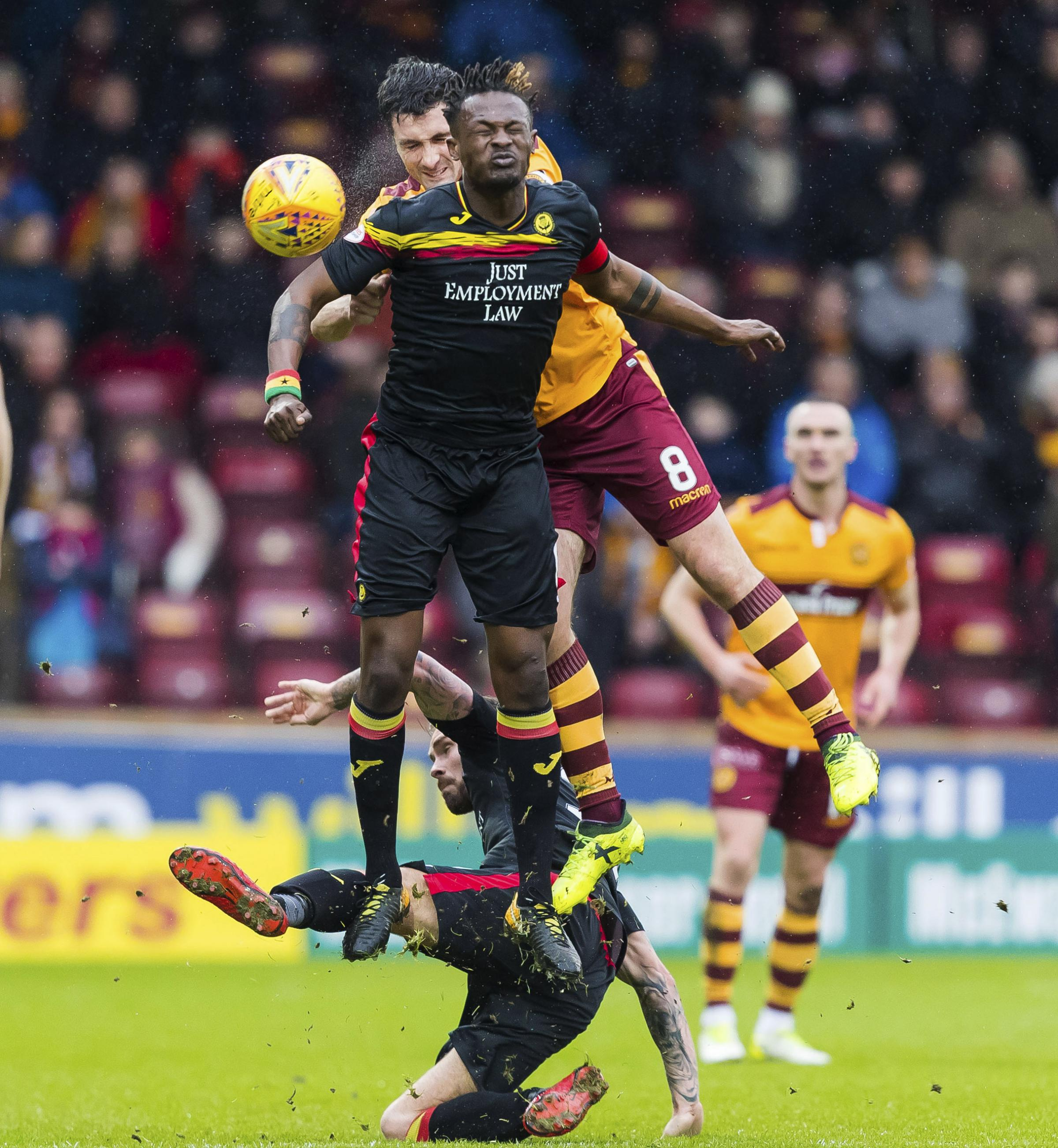 03/02/18  LADBROKES PREMIERSHIP . MOTHERWELL V PARTICK THISTLE . FIR PARK - MOTHERWELL . Motherwell's Carl McHugh (8) in action against Abdul Osman.