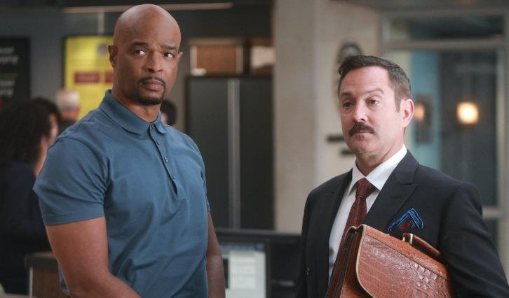 Damon Wayans as Roger Murtaugh, left, and Thomas Lennon as Leo Getz in Lethal Weapon