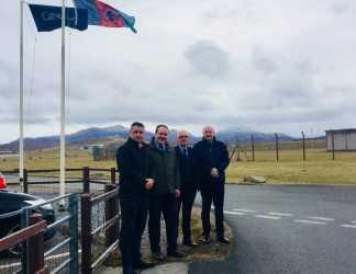 Angus MacNeil, Paul Wheelhouse, council leader Roddie Mackay and Joe MacPhee, head of economic development at Comhairle nan Eilean Siar