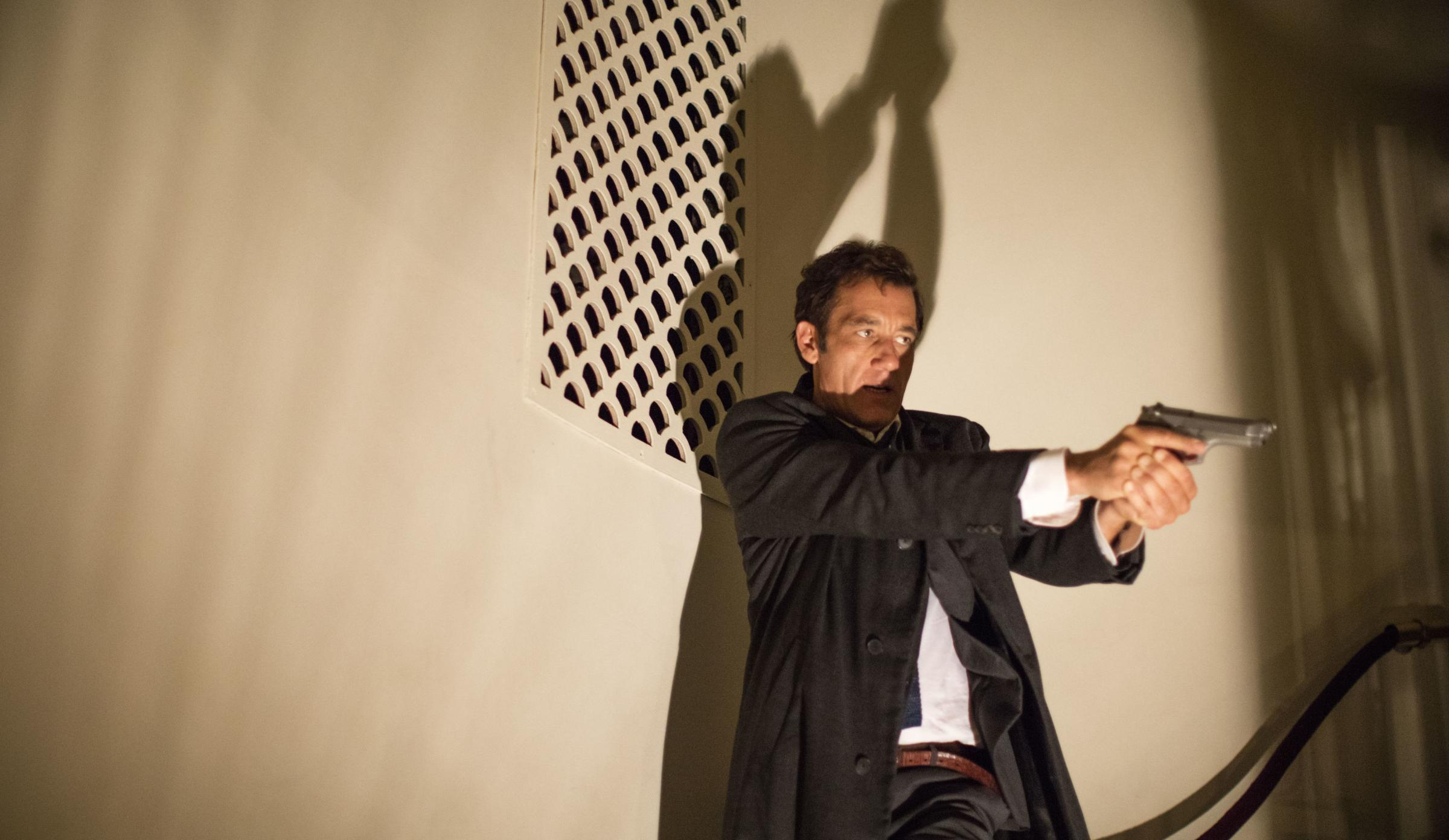 Clive Owen as police detective Sal Frieland. Photograph: PA