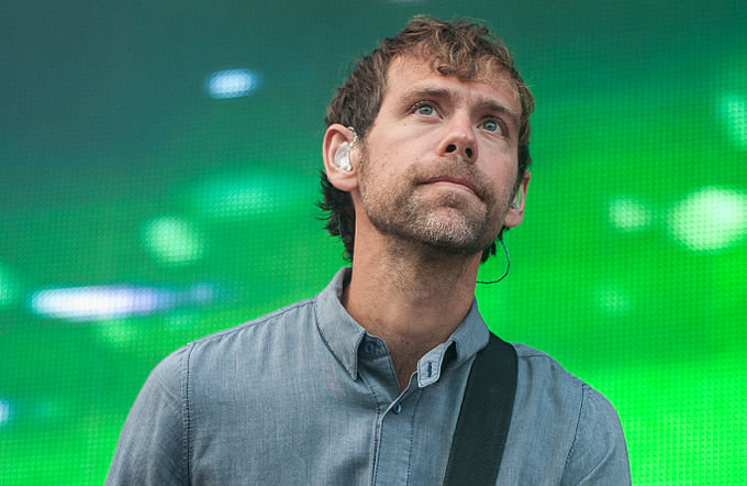 The National Guitarist Aaron Dessner Heralded Hutchisons Powerful Songwriting