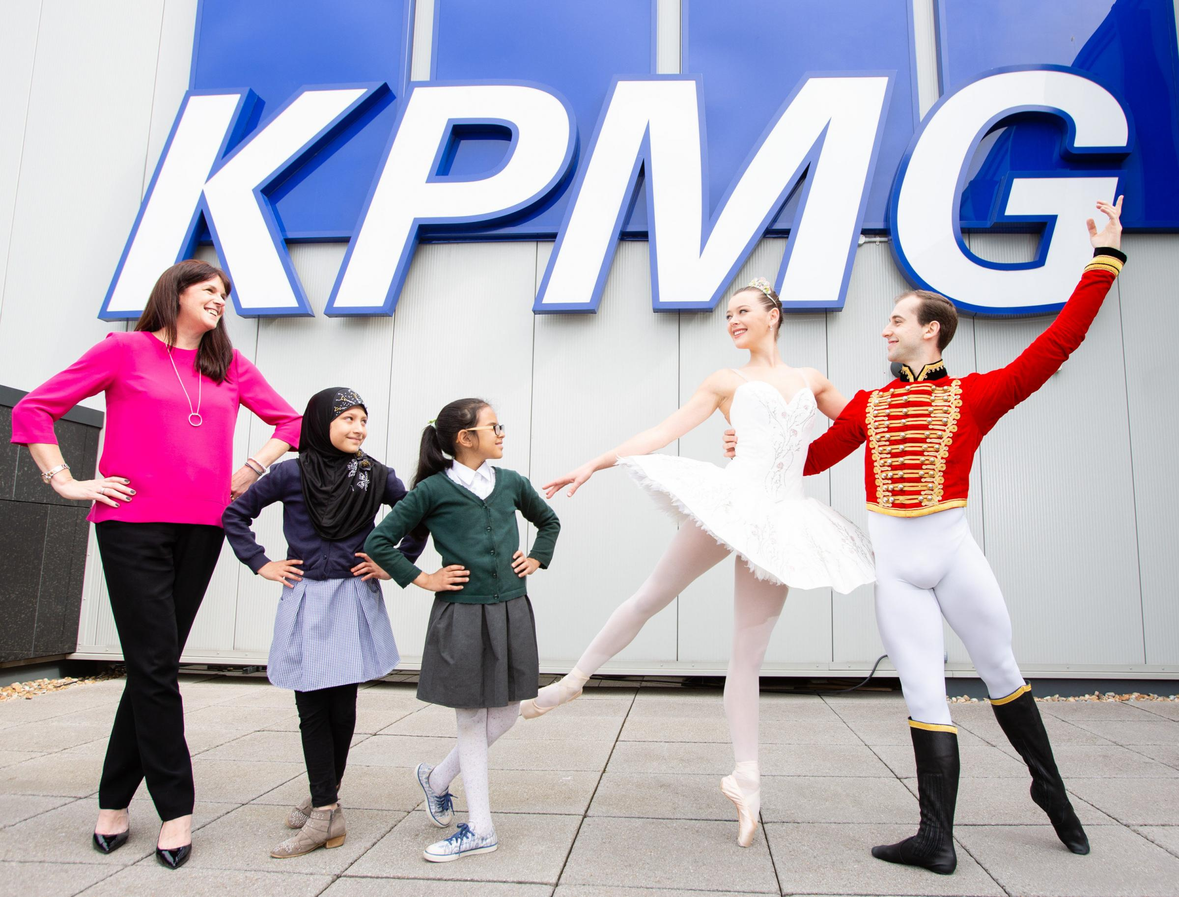 From left to right: Catherine Burnet of KPMG, pupils from Cuthbertson Primary School and Scottish Ballet dancers Mia Thompson and Bruno Micchiardi