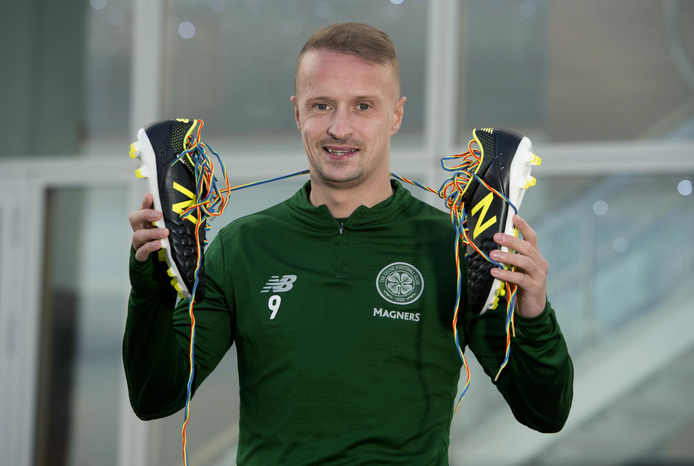 04/12/18.LENNOXTOWN.Celtic striker Leigh Griffiths shows his support for the rainbow laces campaign.