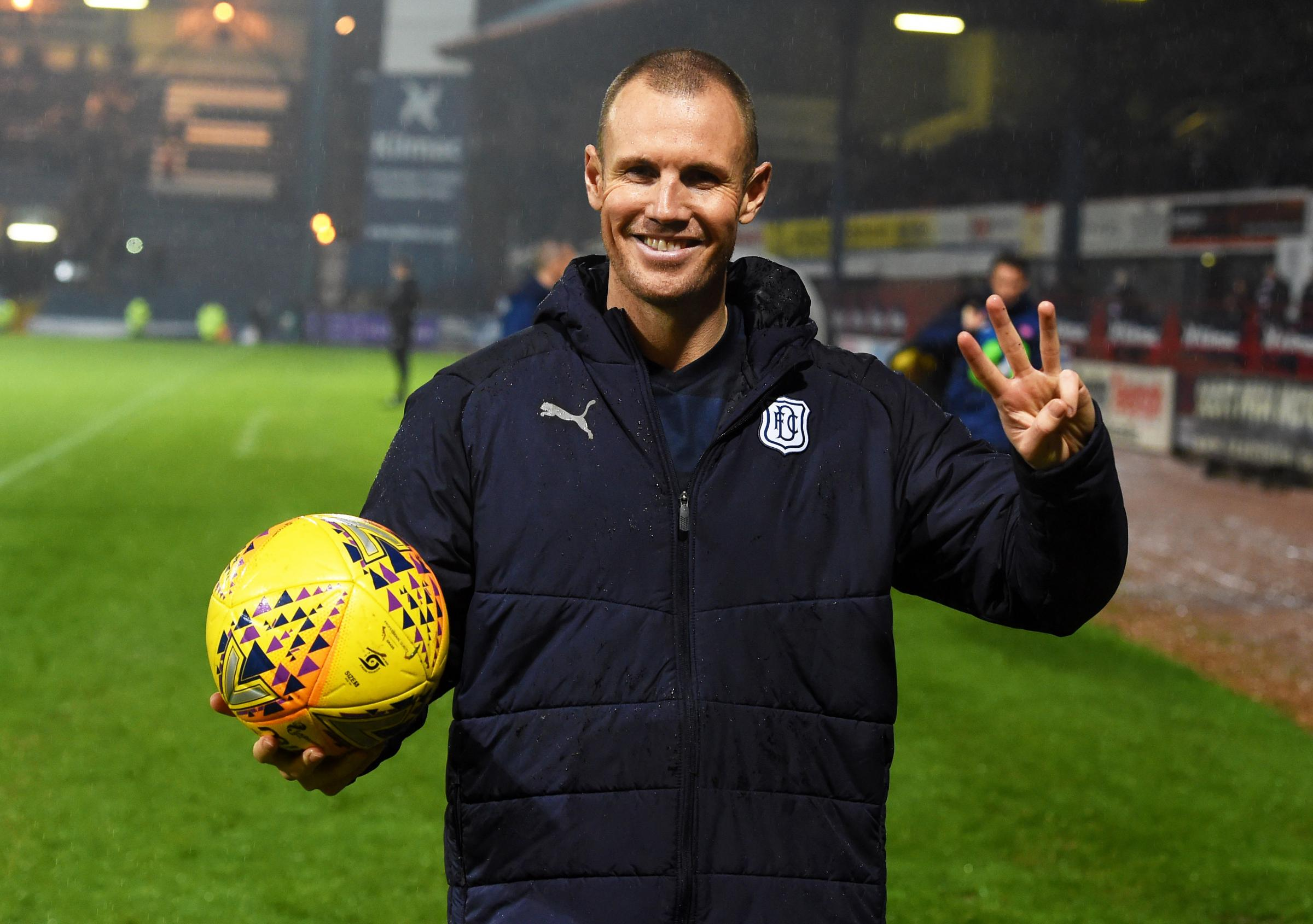 05/12/18 LADBROKES PREMIERSHIP.DUNDEE V HAMILTON (4-0).KILMAC STADIUM AT DENS PARK - DUNDEE.Dundee's Kenny Miller is awarded the match ball for scoring a hat trick.