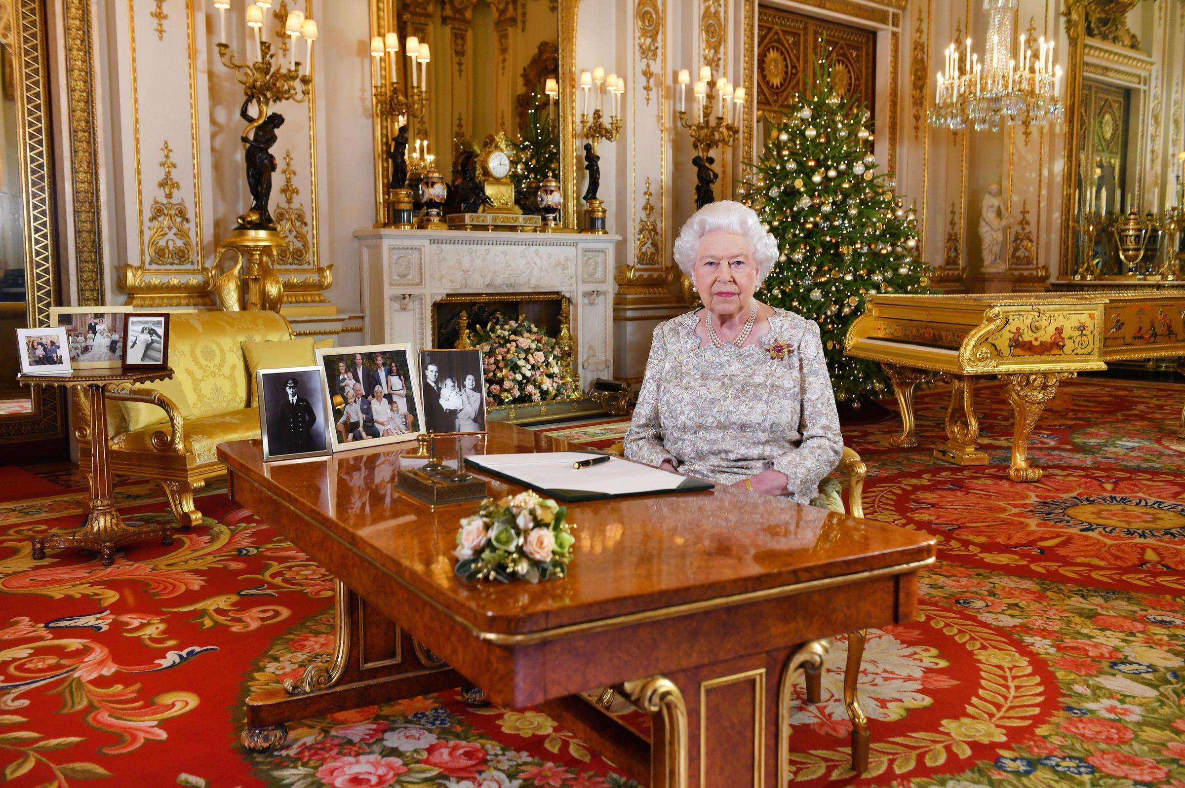 Unionist troll spectacularly misses the point on Queen's gold piano