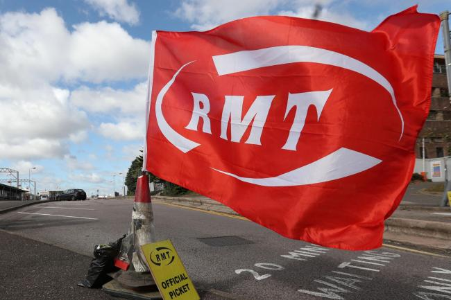 Rail staff strike fears over 'scandalous' pension threats