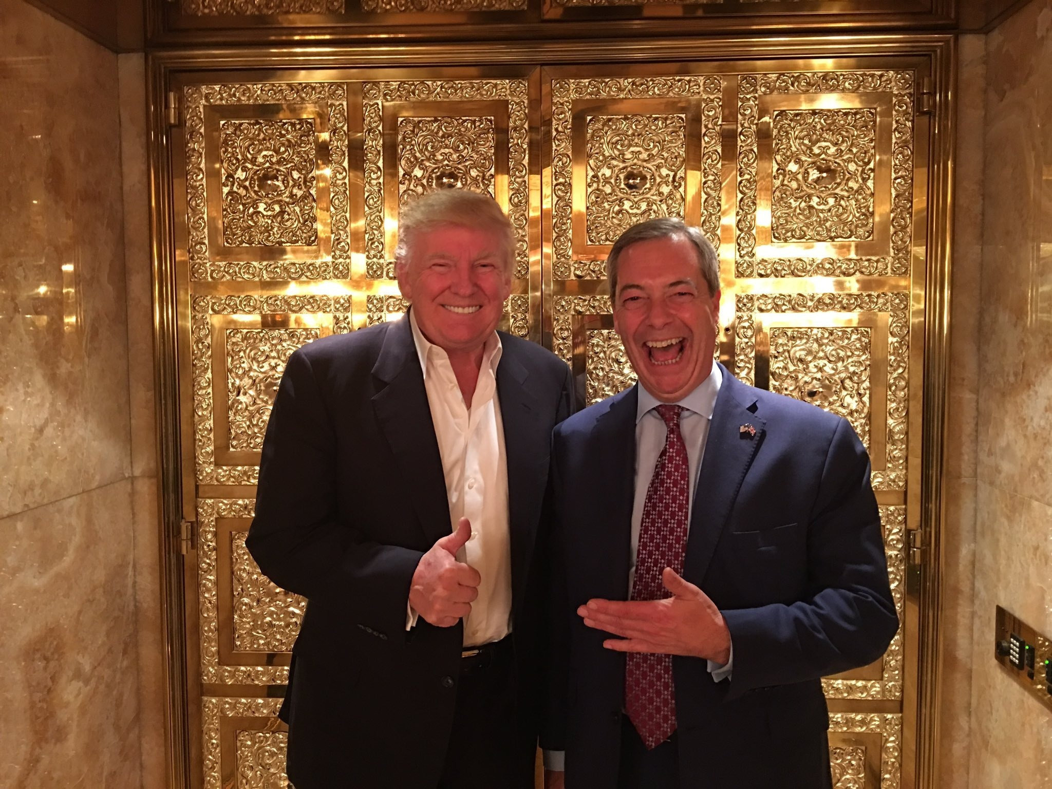 Donald Trump and Nigel Farage try to present an image of being against 'elites'