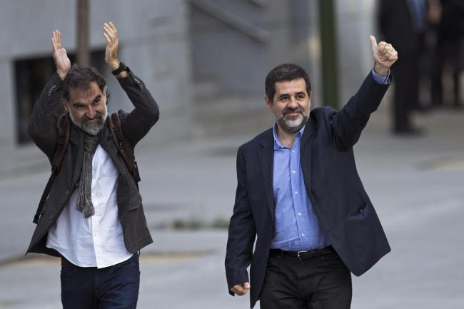Jordi Cuixart (left) and Jordi Sanchez are the first of the Catalan political prisoners to be granted leave