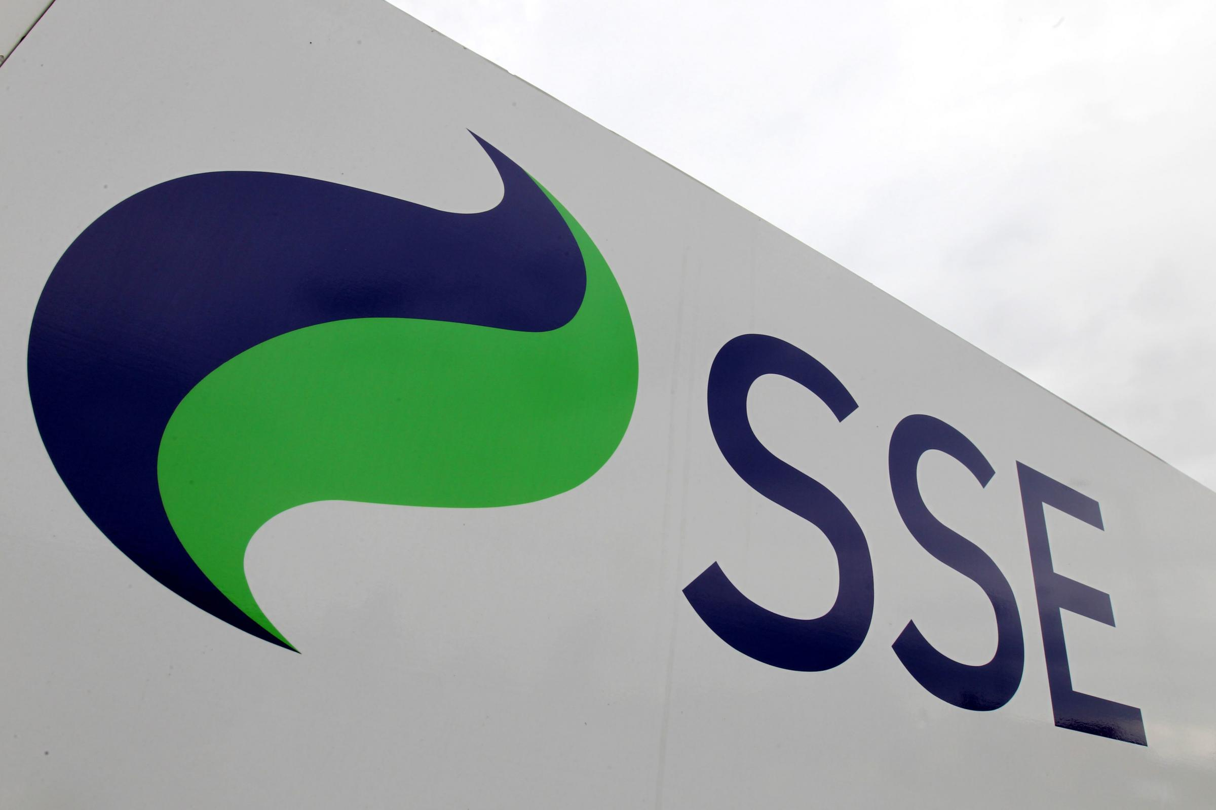 SSE has cut its earnings outlook following the collapse of a major merger